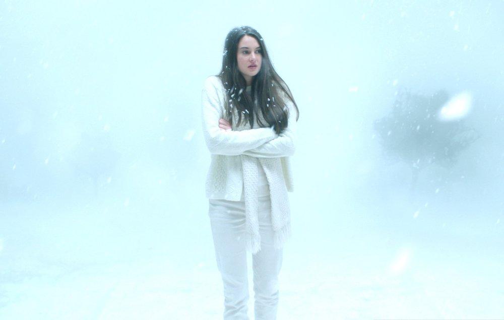 eva-green-is-full-on-batshit-crazy-in-white-bird-in-a-blizzard-video-review-sundance-14.jpg