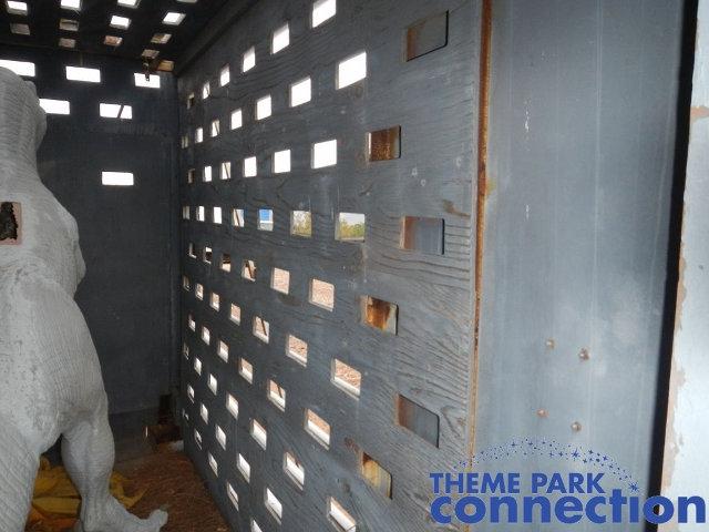 raptor-cage-jurassic-park-3.jpg