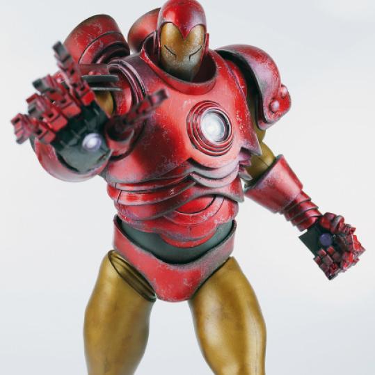 ThreeAToys-Iron-Man-by-Ashley-Wood-6.jpg