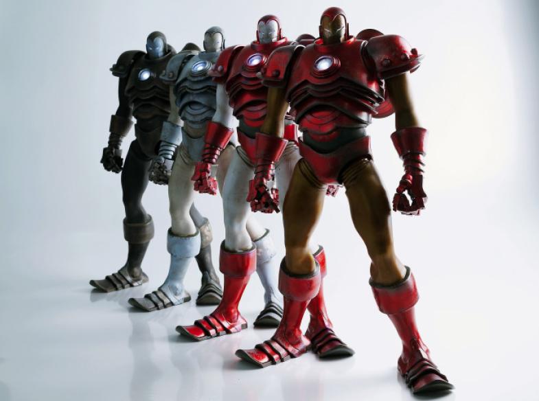 ThreeAToys-Iron-Man-by-Ashley-Wood-4.jpg