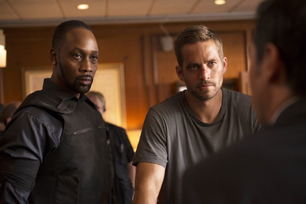 la-et-mn-paul-walker-brick-mansions-set-for-april-release-20140206.jpg