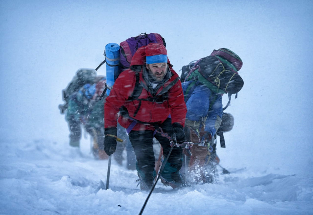 EVEREST-Jason-Clarke.jpg