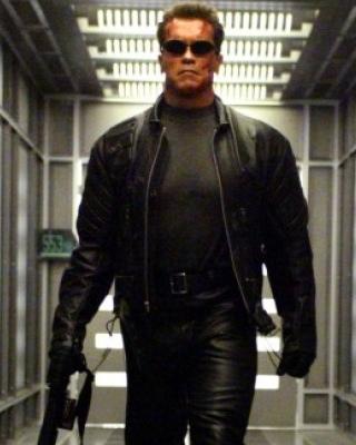 Arnold Schwarzenegger Talks About TERMINATOR: GENESIS ...