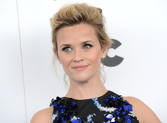 reese-witherspoon-teleports-during-independent-spirit-awards-header.jpg