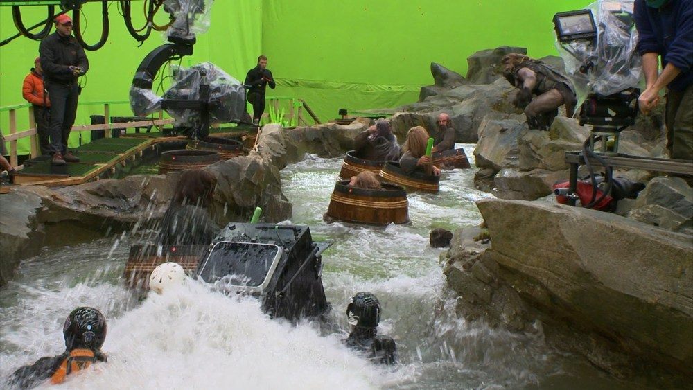 the-hobbit-the-desolation-of-smaug-making-of-the-barrel-sequence.jpg