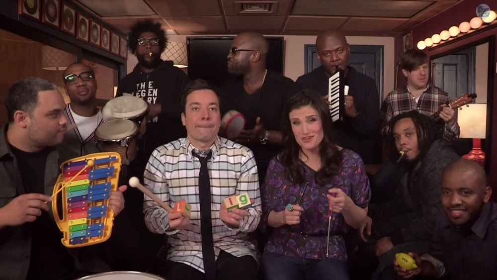 jimmy-fallon-and-idina-menzel-perform-let-it-go-from-frozen