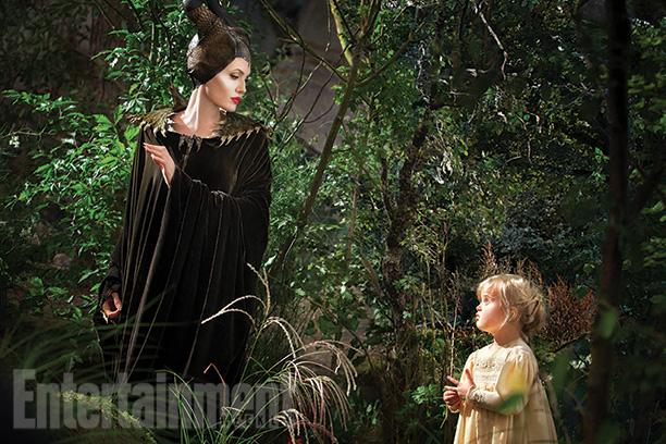 new-photos-fo-angelina-jolie-in-disneys-maleficent1.jpg