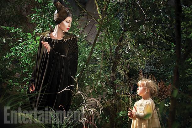 new-photos-fo-angelina-jolie-in-disneys-maleficent1.jpg