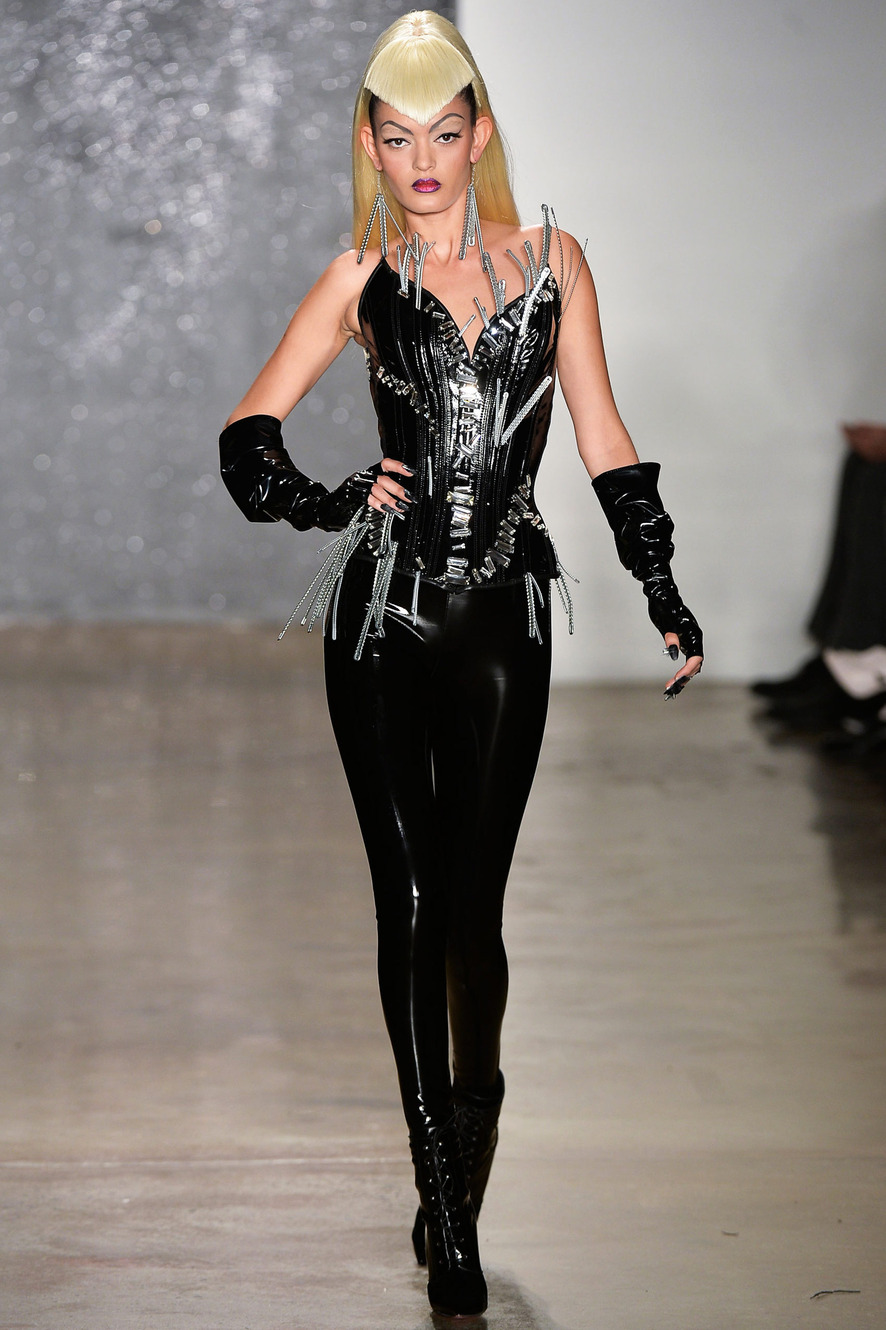 batman-villain-inspired-high-fashion-04.jpg