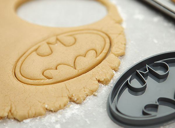 1aad_batman_cookie_cutters_dough.jpg