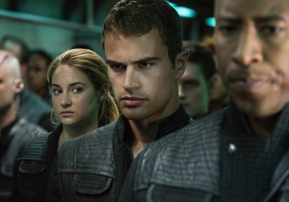 four-new-clips-from-divergent