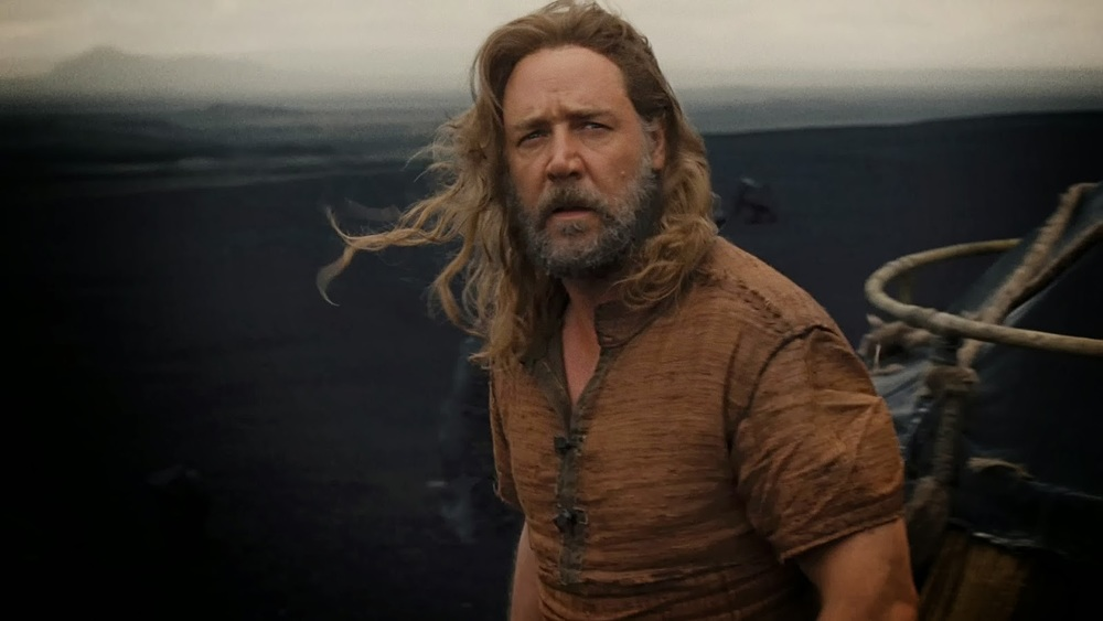 behind-the-scenes-footage-from-the-set-of-noah