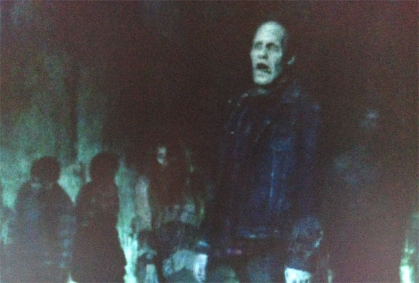 day-of-the-dead-zombie-cameo-spotted-in-the-walking-dead