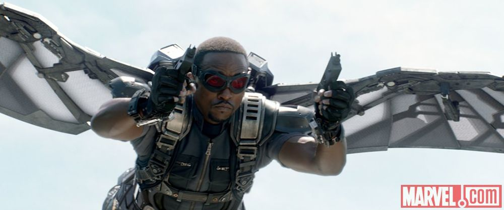 captain-america-the-winter-soldier-falcon-photos