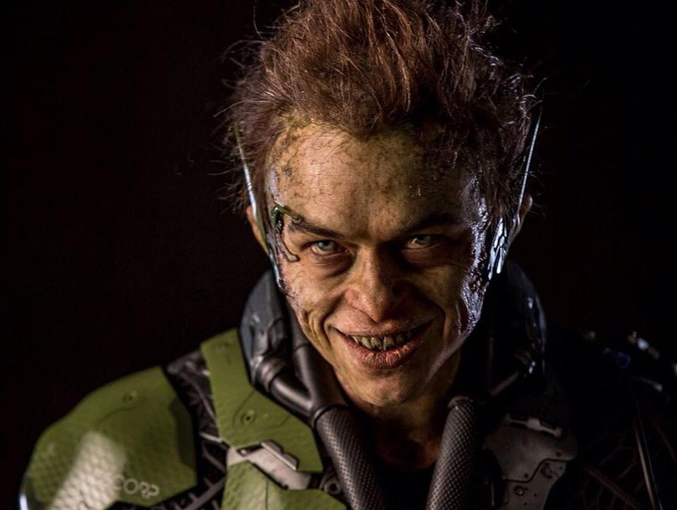 great-photo-of-green-goblin-from-the-amazing-spider-man-2