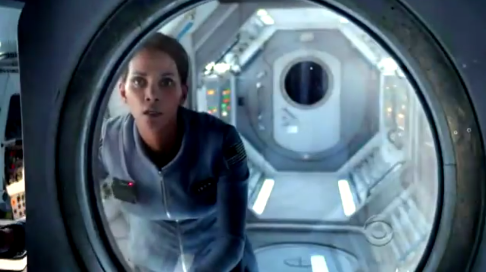 promo-spot-for-halle-barrys-sci-fi-series-extant