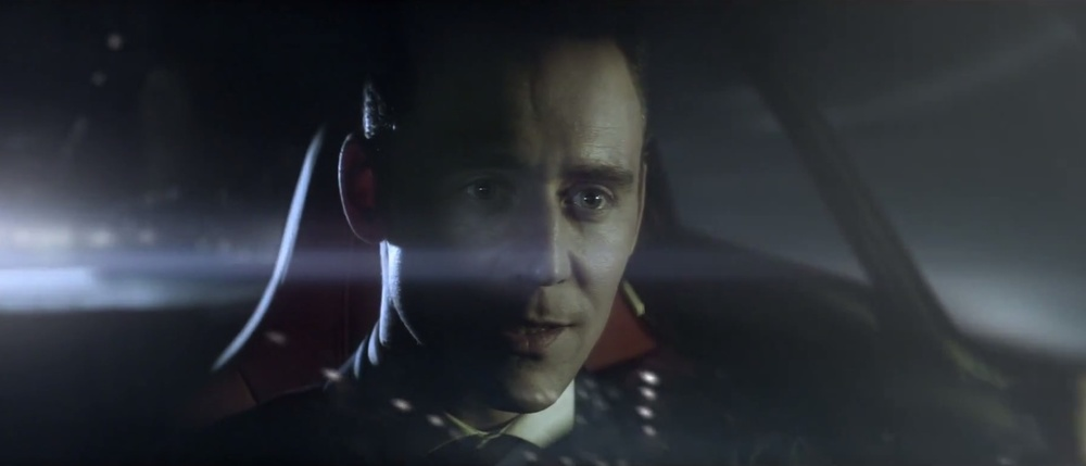 tom-hiddleston-in-the-art-of-villainy-jaguar-commercial