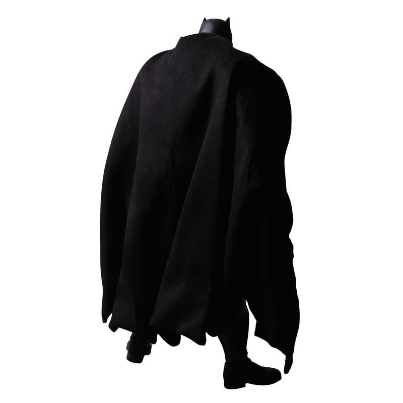 Dark-Knight-Returns-Batman-Real-Action-Hero-Figure.jpg