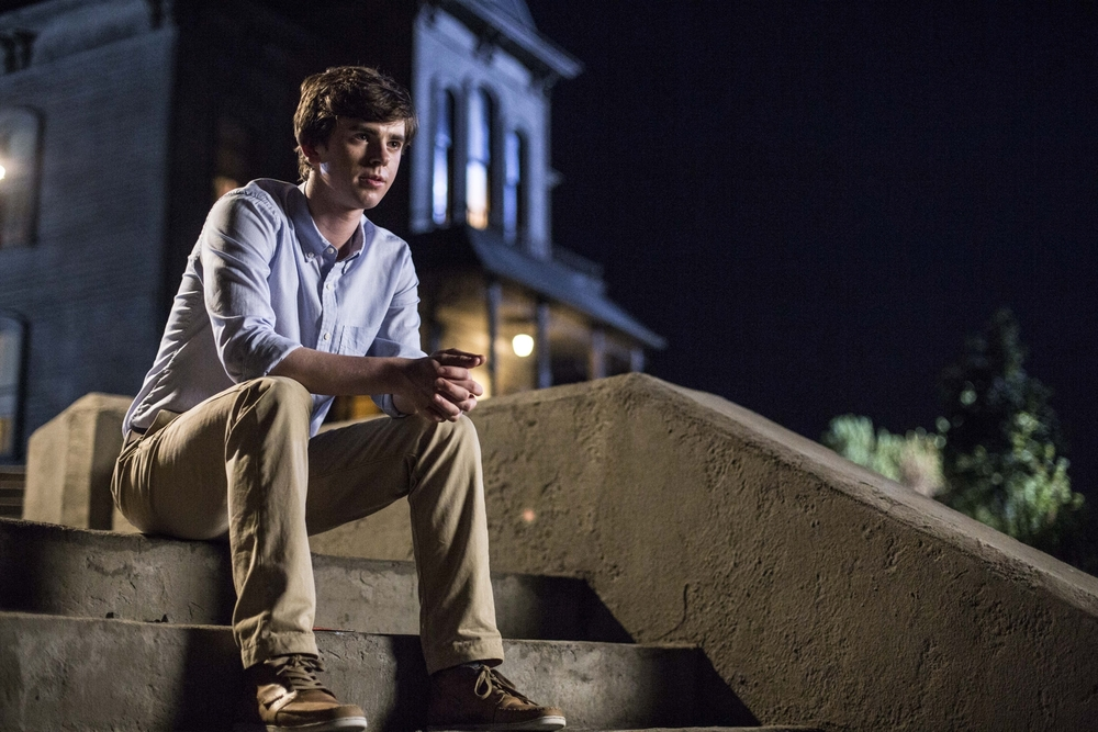bates-motel-renewed-for-season-3