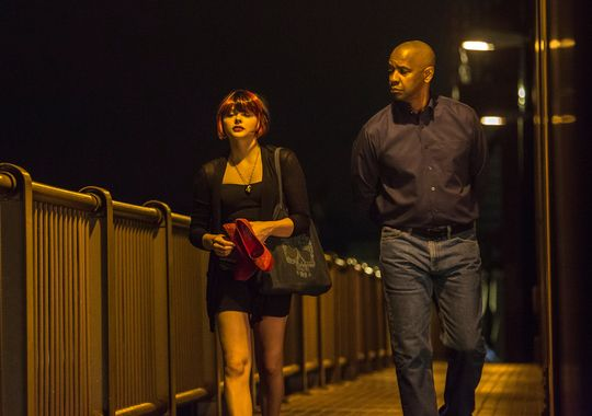 first-look-at-chloe-moretz-and-denzel-washington-in-the-equalizer