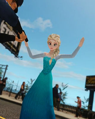 FROZEN's Anna and Elsa Cause Murder and Mayhem in GTA IV Mod