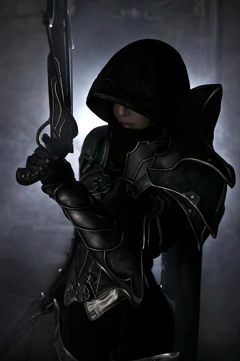 diablo-3-demon-hunter-cosplay-08.jpg