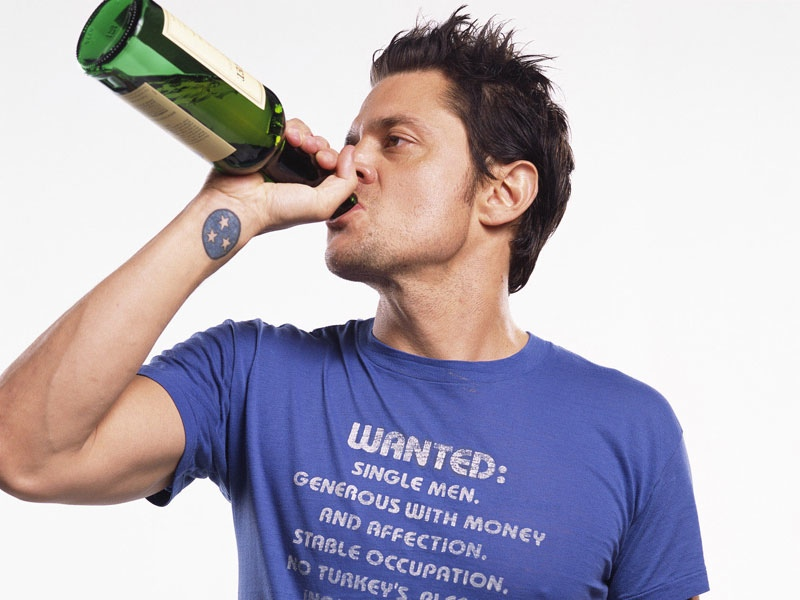 johnny-knoxville-set-to-star-in-the-comedy-sick-day-social.jpg