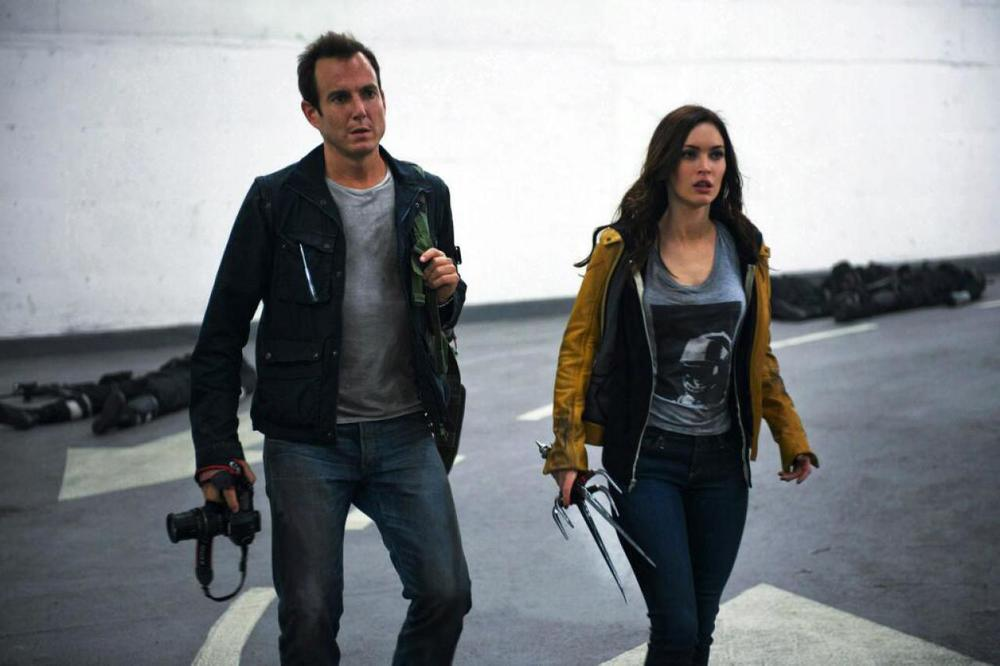 new-pics-of-megan-fox-as-april-oneil-in-teenage-mutant-ninja-turtles1