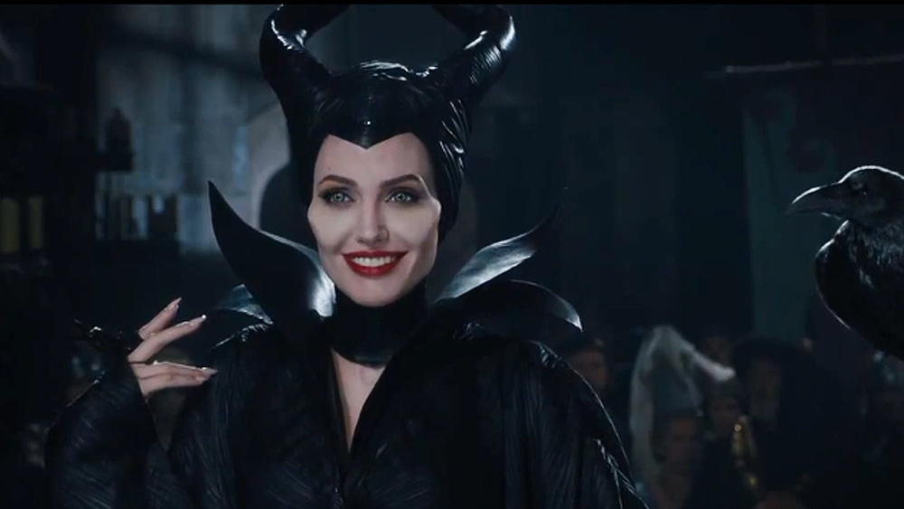 clip-from-disneys-maleficent-awkward-situation