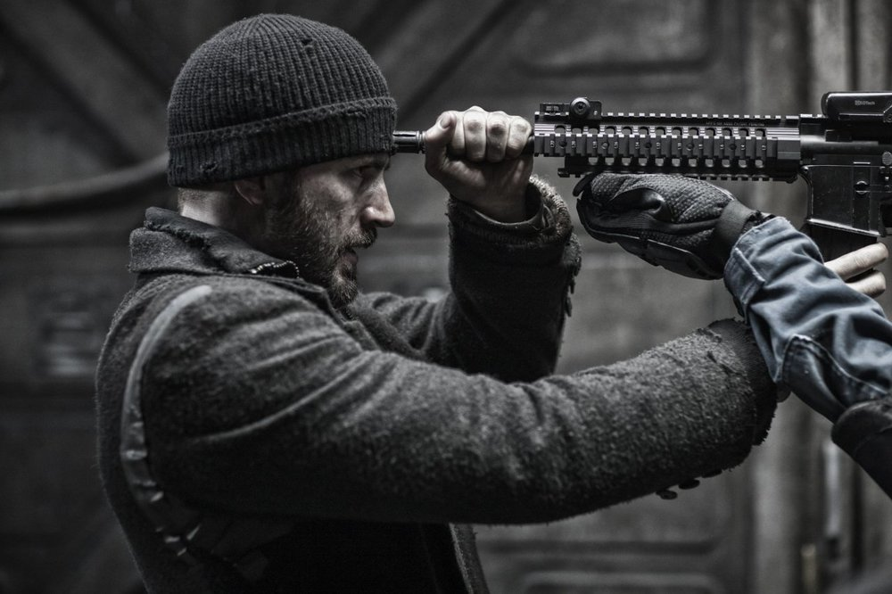first-red-band-trailer-for-snowpiercer