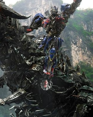 New Footage And Poster For TRANSFORMERS AGE OF EXTINCTION
