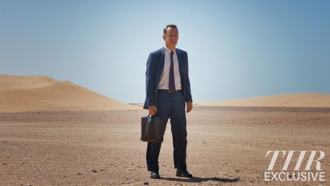 first-look-at-tom-hanks-in-hologram