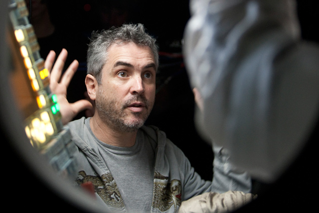 alfonso-cuarn-to-direct-new-harry-potter-spin-off-film