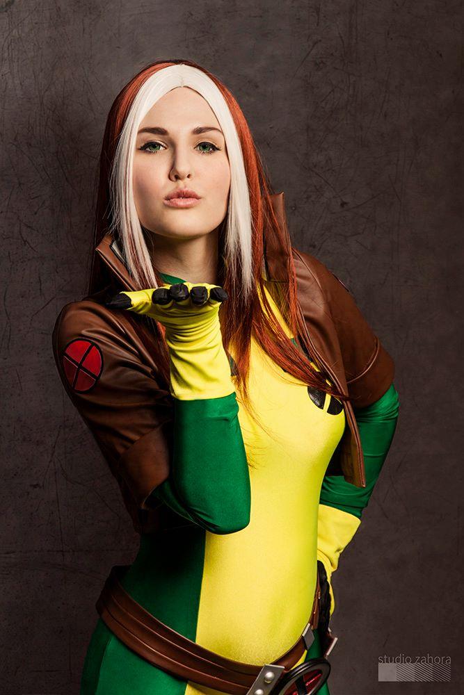 Justyna Jakubik is Rogue — Costume by Sandra Longa — Photo by Studio Zahora