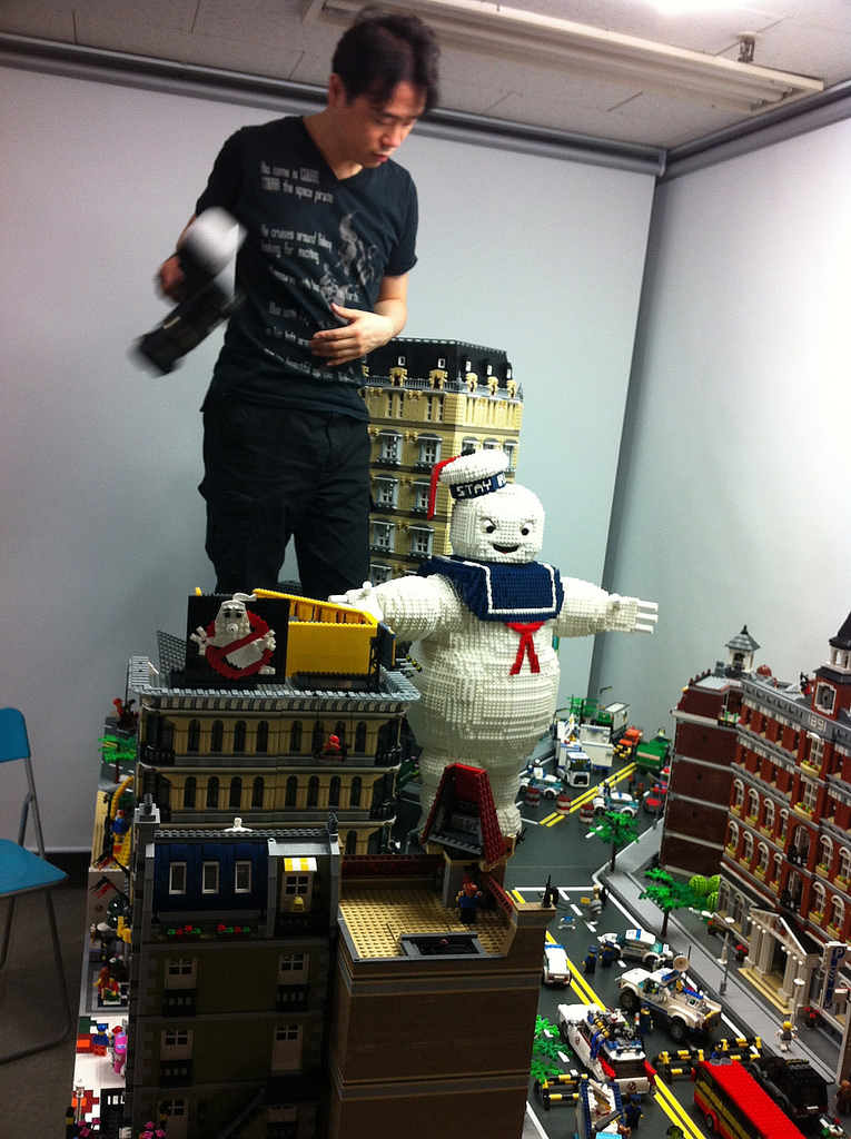 giant lego stay puft marshmallow man attacks ghostbusters