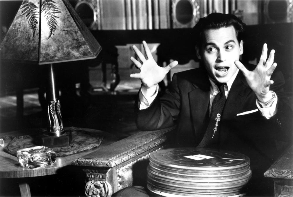 still-of-johnny-depp-in-ed-wood-(1994)-large-picture-1.jpg