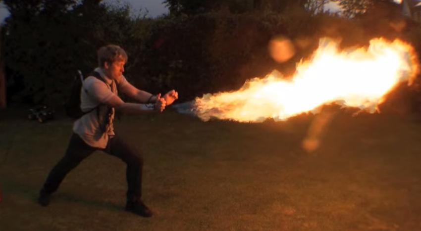 happy-x-men-fan-creates-flamthrower-pyro-powers