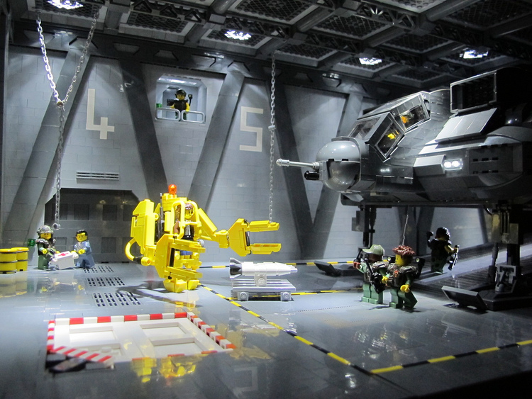 Amazing ALIENS Scenes Recreated In LEGO GeekTyrant - 15 awesome movie scenes recreated with lego