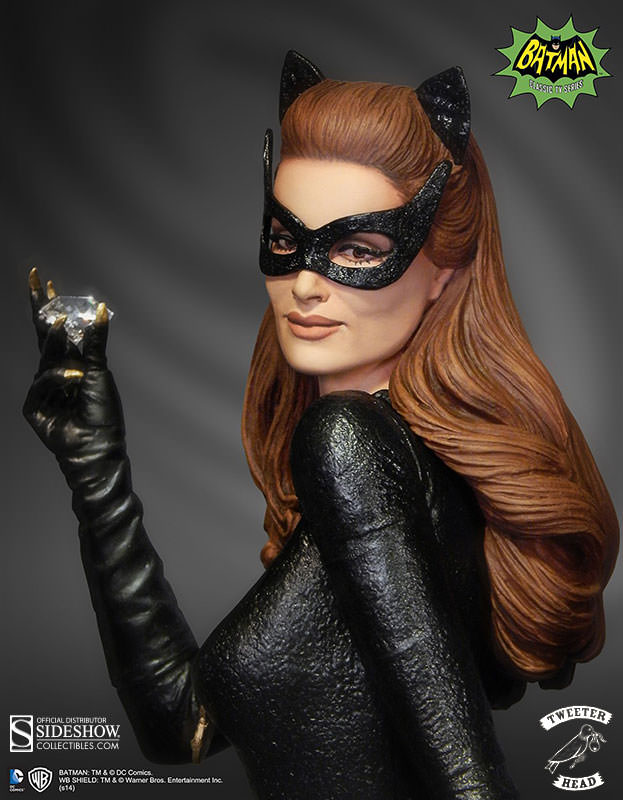 902188-catwoman-002.jpg