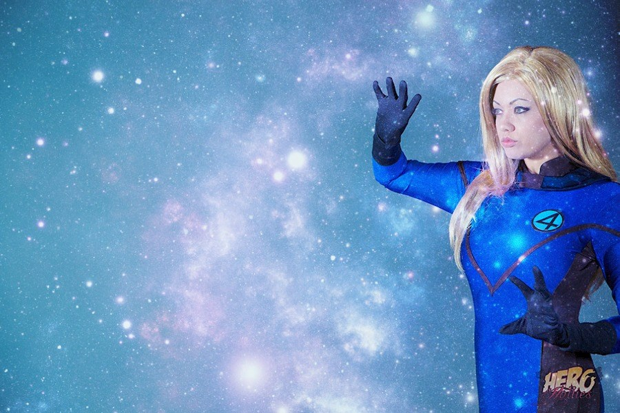 Victoria Cosplayis Invisible Woman | Photo by:Crumz Photography