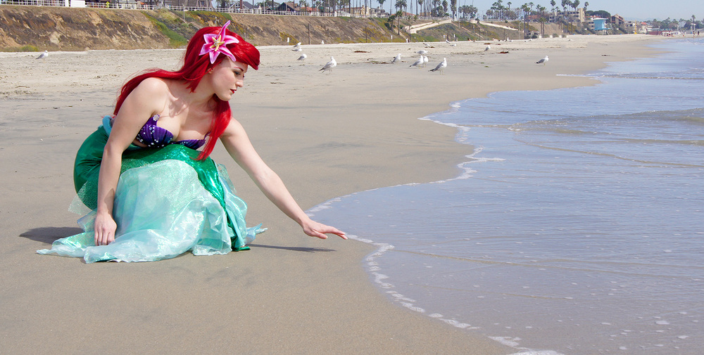 VampireKitten  is Ariel, The Little Mermaid — Photo by David Gomez