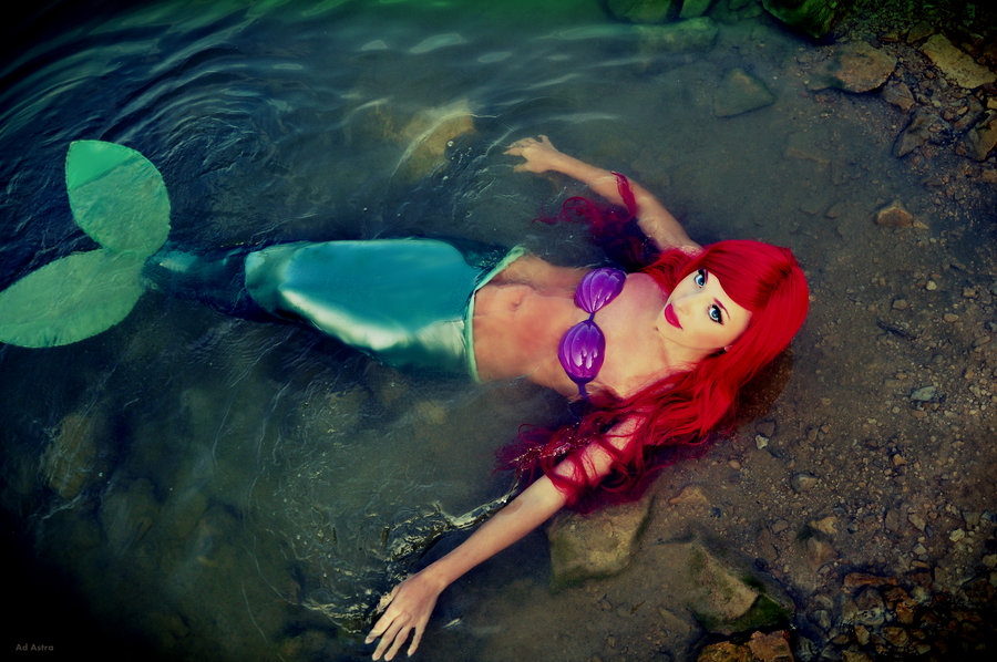Yana-Mio  is Ariel, The Little Mermaid — Photo by  Kawaielli