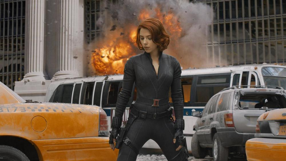 black-widow-will-be-riding-harleys-electric-motorcycle-in-age-of-ultron