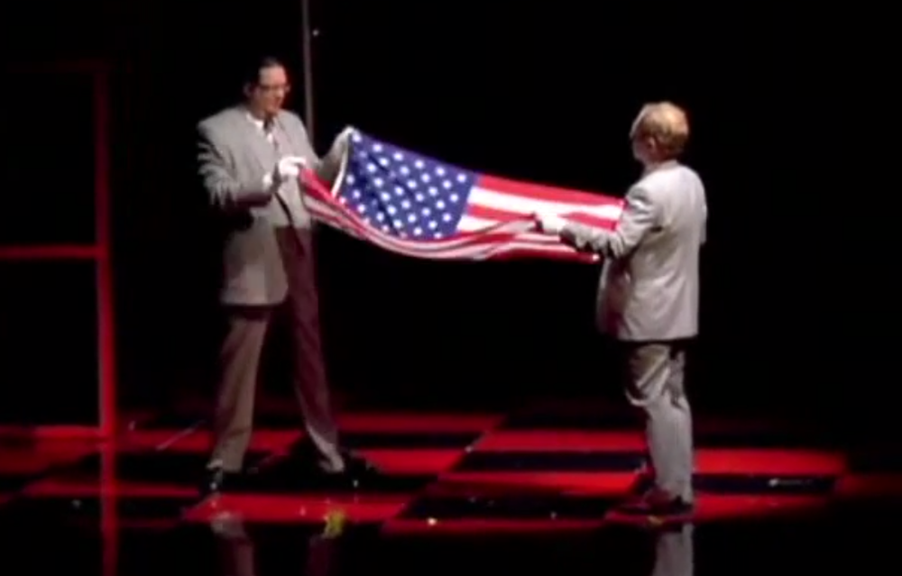 penn-tellers-patriotic-speech-and-magic-trick