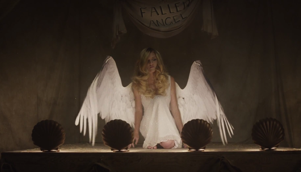 disturbing-teaser-for-american-horror-story-freakshow