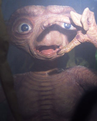 15 Fun Facts About E.T.: THE E...
