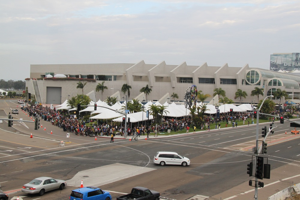 comic-con-introduces-hall-h-tracker-wristbands