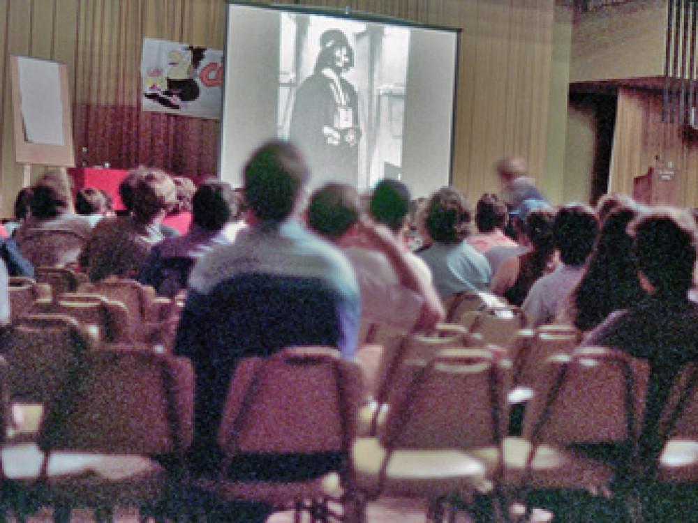 Darth-who-Star-Wars-at-Comic-Con-1976-1088x816-587823428586.jpg