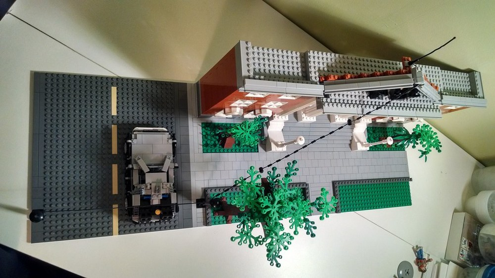 back-to-the-future-lego-1955-and-2014-hill-valley-sets3