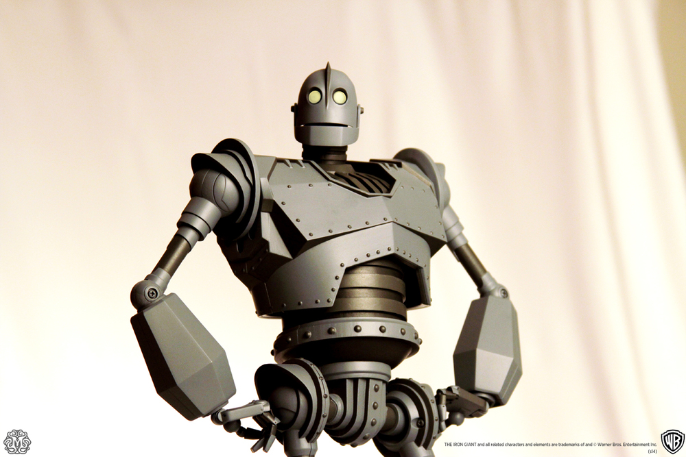 mondo-reveals-the-iron-giant-action-figure